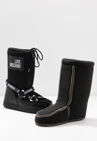 Love Moschino - SKI BOOT - Winter boots - black - 7