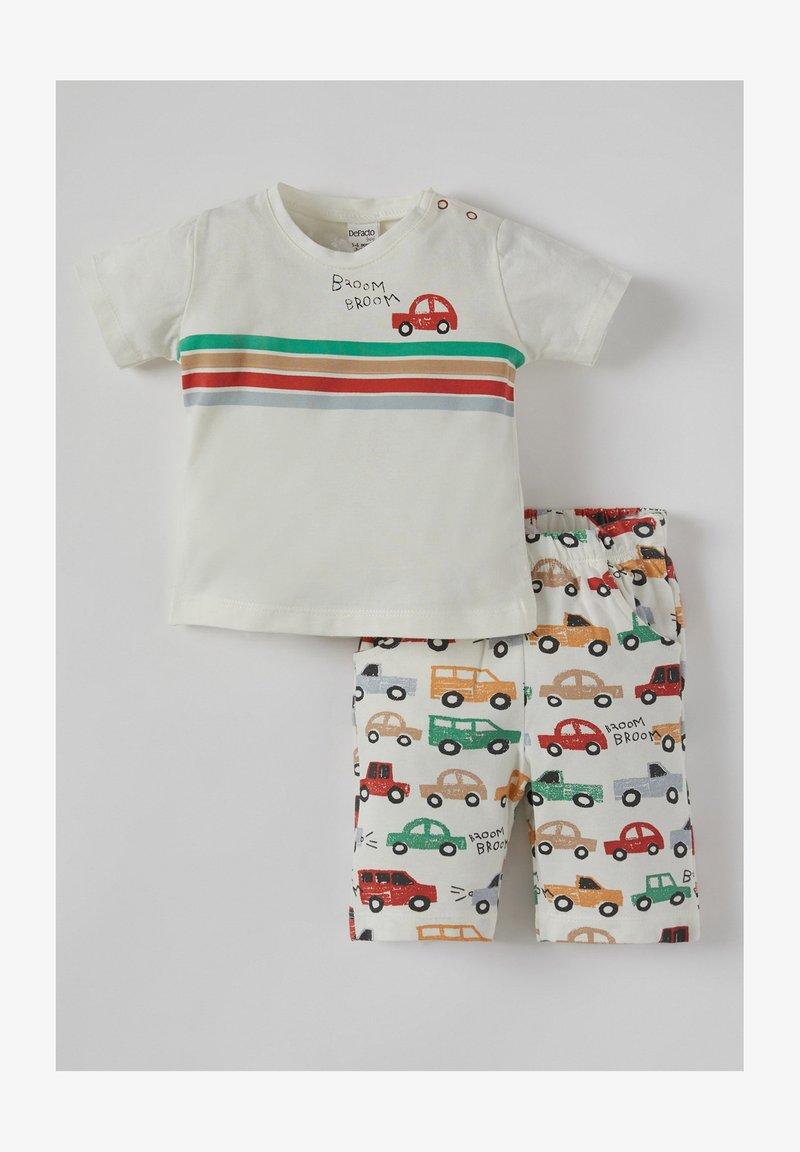 DeFacto - SET - Shorts - ecru