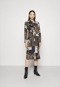 Vero Moda - VMHILDA CALF DRESS - Day dress - navy blazer/hilda - 0