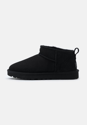 CLASSIC ULTRA MINI - Boots à talons - black