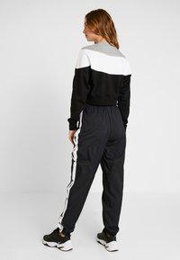 Nike Sportswear - Sweatshirt - black/white - 2
