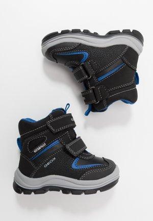 FLANFIL BOY WPF - Winter boots - black/royal