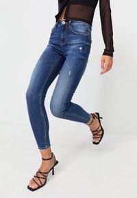 Stradivarius - Jeans Skinny Fit - dark blue - 0