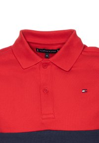 Tommy Hilfiger - COLORBLOCK FLAG - Polo shirt - red - 2