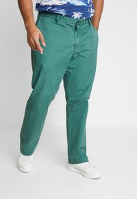 Polo Ralph Lauren Big & Tall - CLASSIC FIT BEDFORD PANT - Chino kalhoty - washed forest - 0