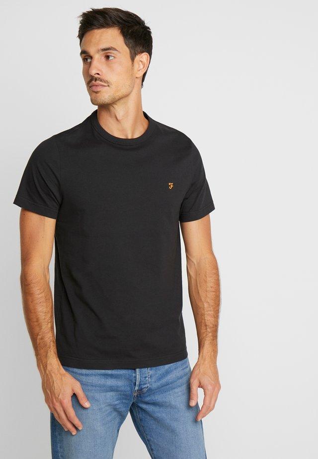 DENNIS SOLID TEE - T-shirt med print - deep black