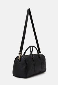 SIKSILK - ELITE HOLDALL - Weekend bag - black - 1