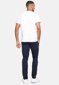 Threadbare - Carden - Pantalones - blau - 2