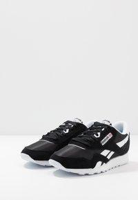 Reebok Classic - CL - Trainers - black/white/none - 2