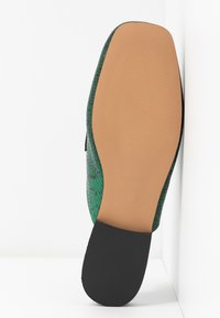 Topshop - LOPEZ BACKLESS LOAFR - Mules - green - 6