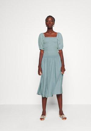 YASINGRID DRESS - Maxikjole - arona