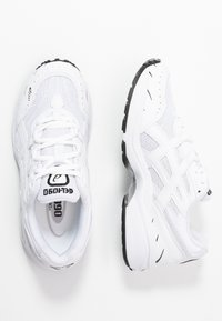 ASICS SportStyle - GEL-1090 - Joggesko - white - 3