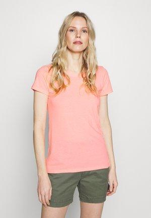FAV CREW - Basic T-shirt - neon coral volt