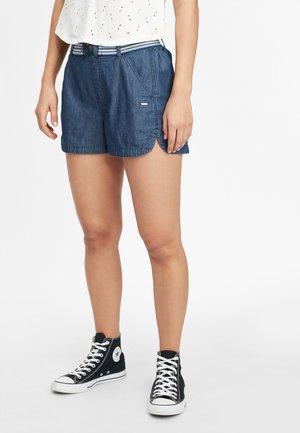 VACATIONER - Denim shorts - dusty blue