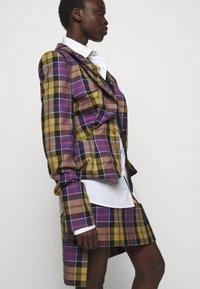 Vivienne Westwood - ALCOHOLIC JACKET - Blazer - multi-coloured - 3