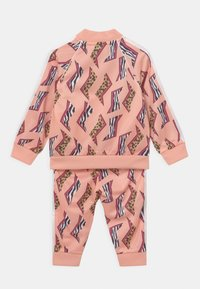 adidas Originals - SET UNISEX - Tracksuit - glow pink/multicolor/white - 1