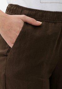 BRAX - Trousers - coffee - 3