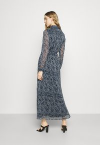 Vero Moda Tall - VMRYLEE MALLY SHIRT DRESS  - Maxi dress - flint stone - 2