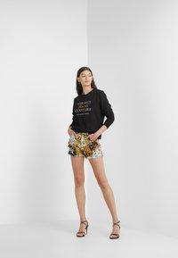 Versace Jeans Couture - Denim shorts - menta - 1