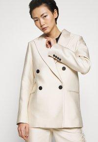 DESIGNERS REMIX - HAILEY - Short coat - cream - 7