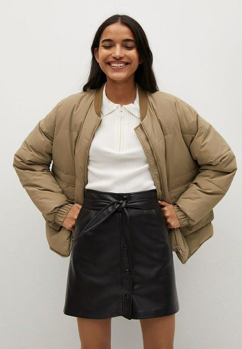 Mango - Leather skirt - černá