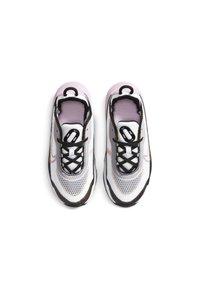 Nike Sportswear - AIR MAX 2090 UNISEX - Tenisky - white/lt arctic pink-black-dark sulfur - 1