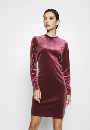 VIOELLE FITTED DRESS - Cocktail dress / Party dress - tawny port
