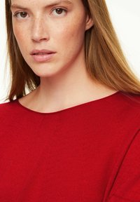 comma casual identity - Jumper - scarlet red - 2