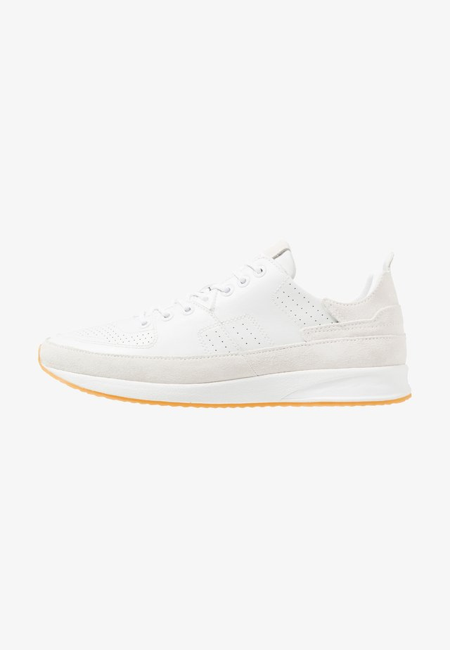ZONE - Sneakers laag - white