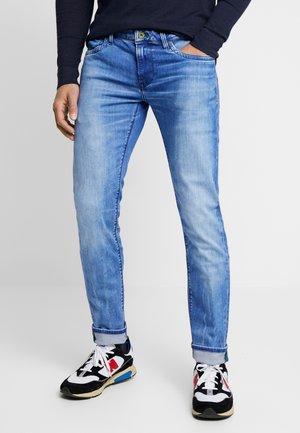 HATCH - Slim fit jeans - wiser wash med used