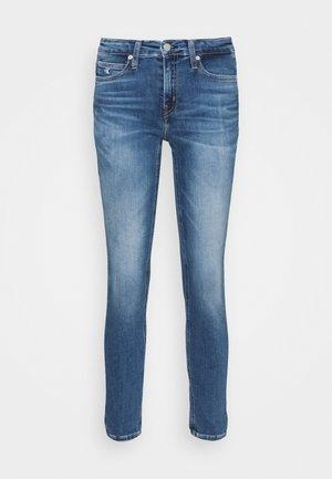 MID RISE SKINNY ANKLE - Jeans Skinny Fit - denim dark