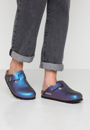 BOSTON - Slippers - icy metallic violet