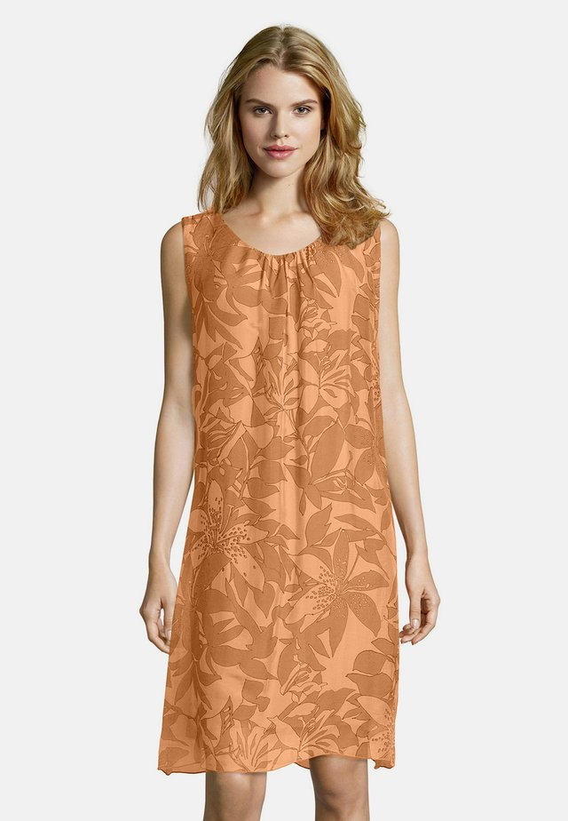 MIT MUSTER - Day dress - apricot/orange