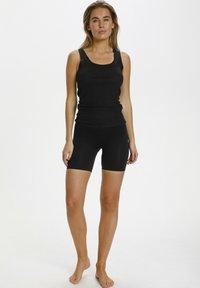 Saint Tropez - Shorts - black - 1