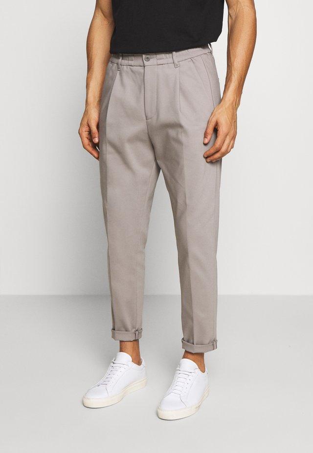 CHASY - Pantalon classique - grau