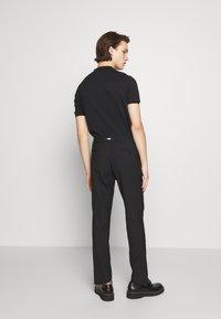 KARL LAGERFELD - Kalhoty - black - 2