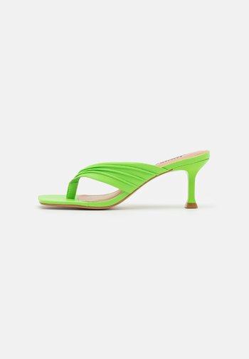 MARBELLE - T-bar sandals - green