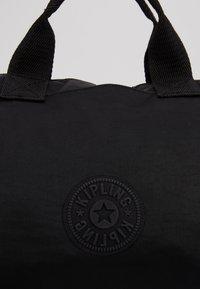 Kipling - KALA M - Tote bag - rich black - 2