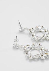 Pieces - PCJULIETTE EARRINGS - Øredobber - silver-coloured - 2