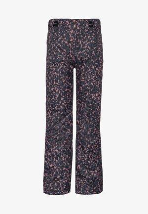 Snow pants - think pink