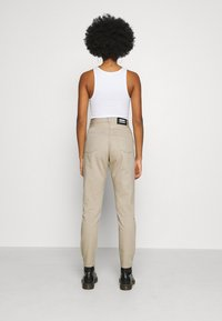 Dr.Denim - NORA - Relaxed fit jeans - cashew - 2