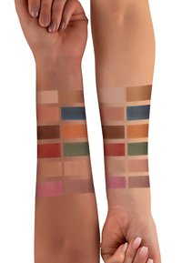 Luvia Cosmetics - MATTE MOSAIC EYESHADOW PALETTE - Eyeshadow palette - - - 2