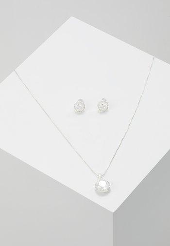 GIFT NECK SET LEX - Boucles d'oreilles - silver-coloured