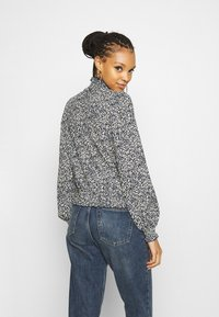 ONLY - ONLZILLE SMOCK - Blouse - night sky graphic - 2