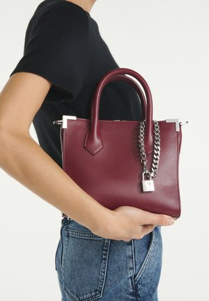 Handbag - dark burgundy
