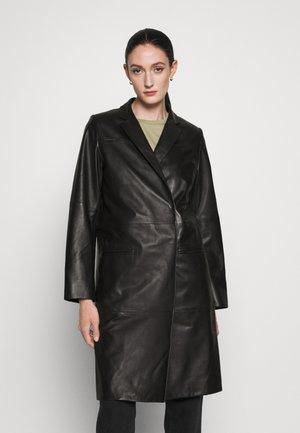 CATELYN - Leather jacket - black