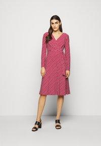 Lauren Ralph Lauren - PRINTED MATTE DRESS - Jerseyklänning - orient red - 0