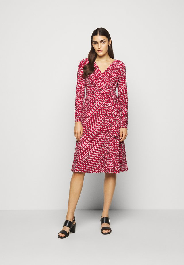 PRINTED MATTE DRESS - Jerseykjoler - orient red