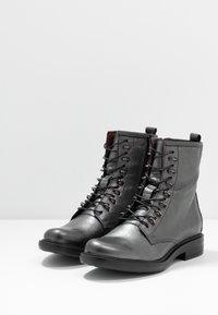 MJUS - Šněrovací kotníkové boty - gunmetal - 4