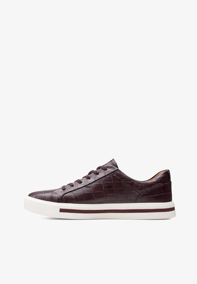 UN MAUI LACE - Baskets basses - burgundy leather